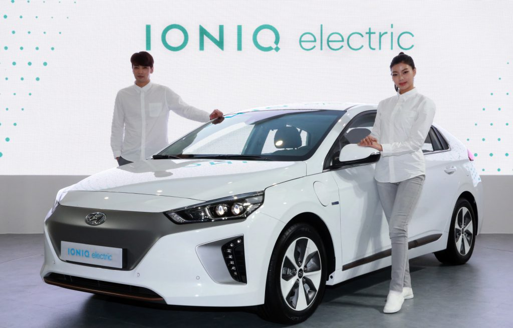 Hyundai Ioniq elektromos autó