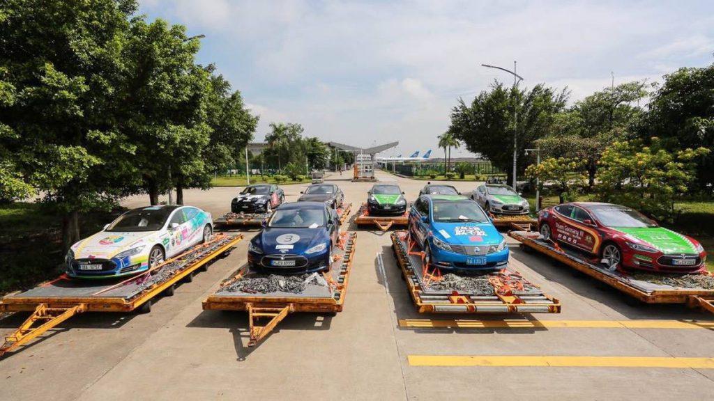 A 80 eDays csapat autóinak egy része a kínába érkezés után
