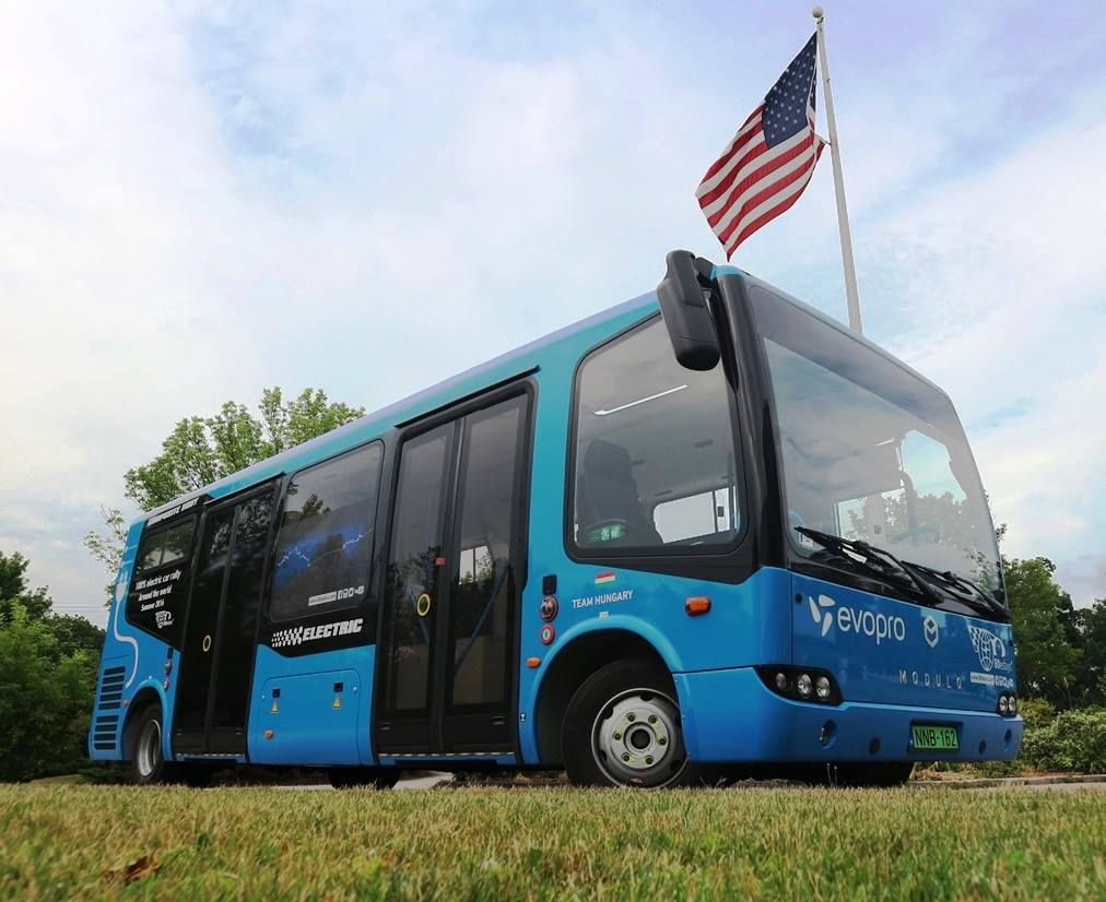 Az Evopro tisztán elektromos busza az Egyesült Államokban (Fotó: Evopro Modulo csapat FB oldal)