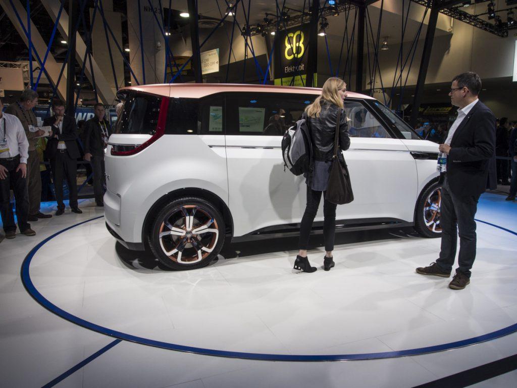 Volkswagen Budd-e tanulmányautó