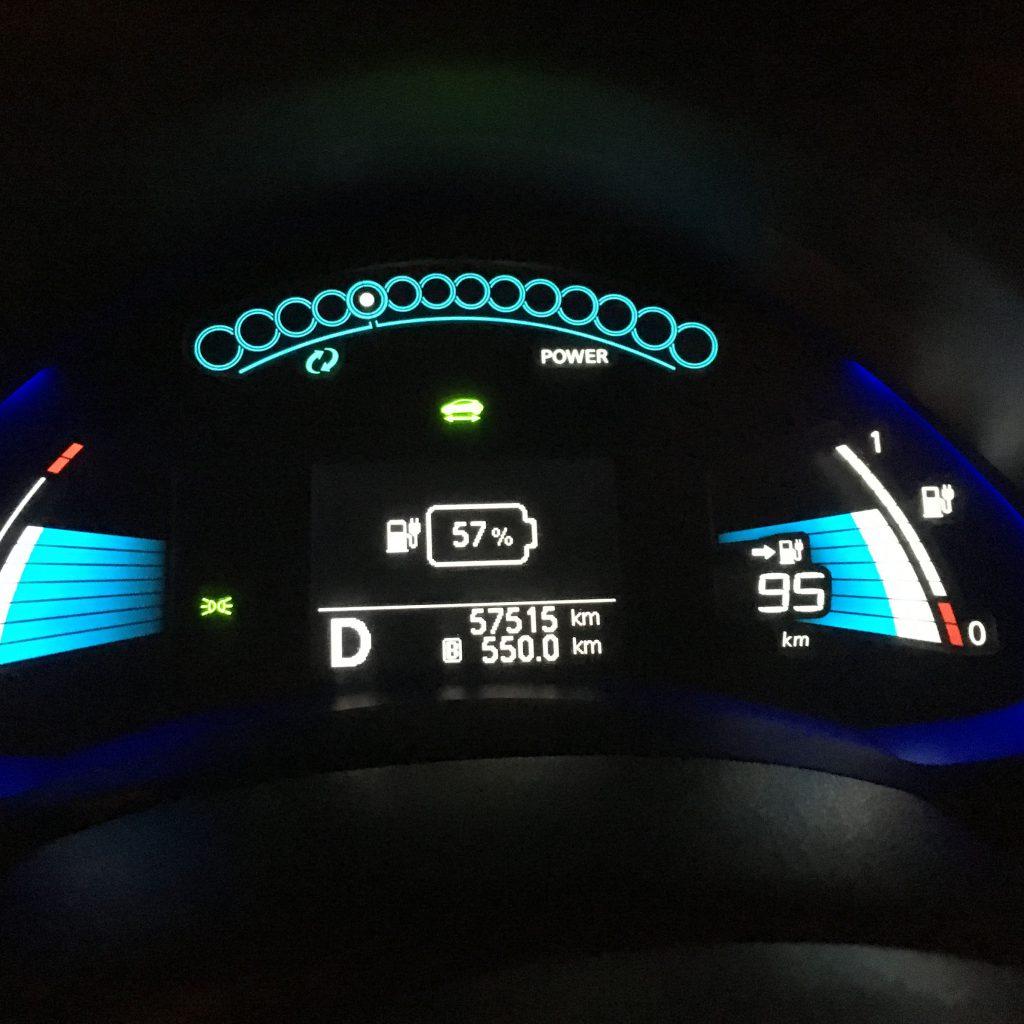 Töltés 13 perc után: 57%, 95 km