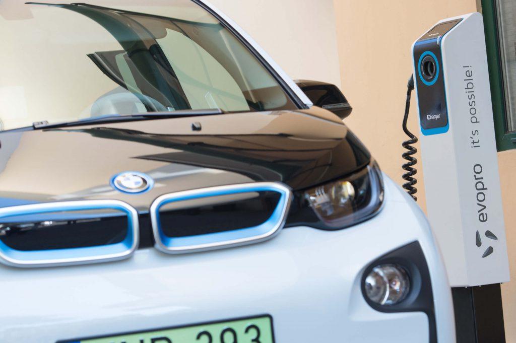 Elektromos autó töltő Szegeden