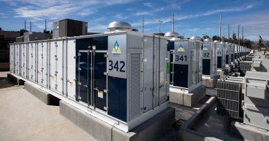 Az energiatárolás forradalma: nem a Tesláé lesz a legnagyobb akkumulátor?