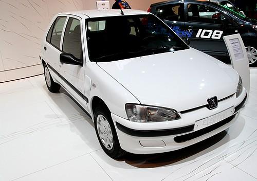Peugeot_106_e