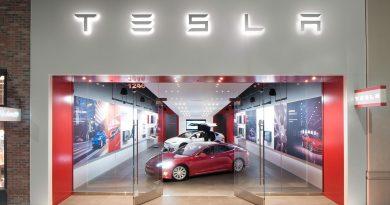 15 milliónál indul a Tesla – megnyílt a magyar szalon