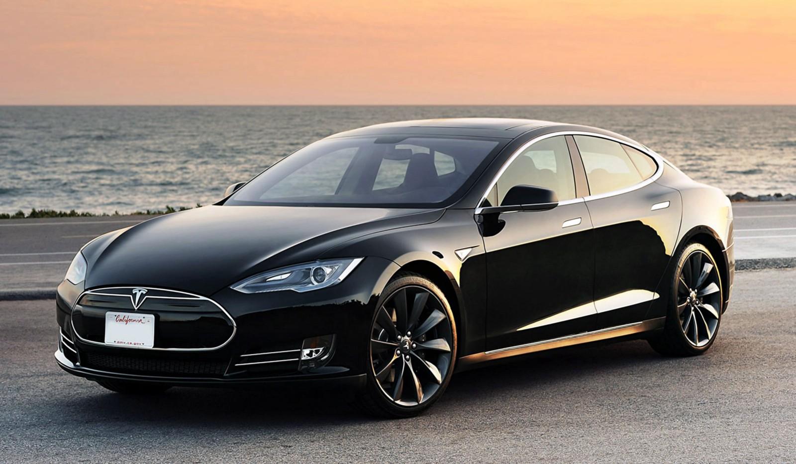 Tesla_Model_S_medium.com