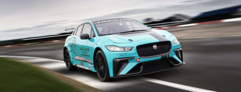 Jaguar_i_pace_etrphy_car_2019_jaguarracing.com