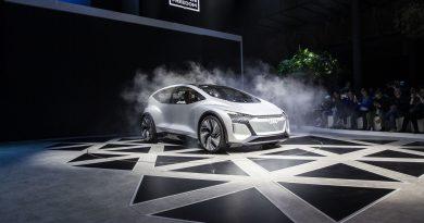 Önvezető villanykoncepciót prezentált az Audi Sanghajban