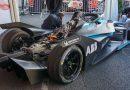 ABB töltők és egy valódi Formula-E versenyautó a nagy futamon