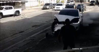 Elszabadult egy Tesla