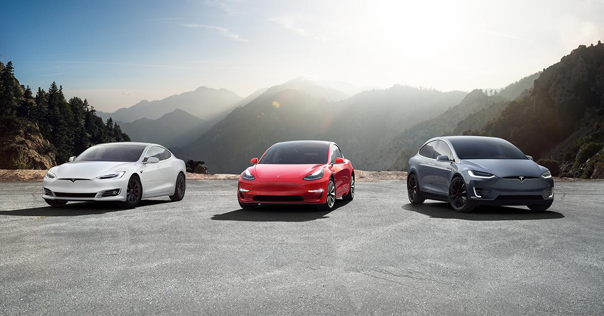 Tesla Casco Elindult Az Amerikai Gyarto Sajat Biztositasa Villanyautosok