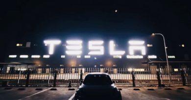 Már szállít a kínai Tesla gyár