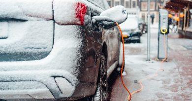 Felületfűtés növelheti 6%-kal a villanyautók hatótávját