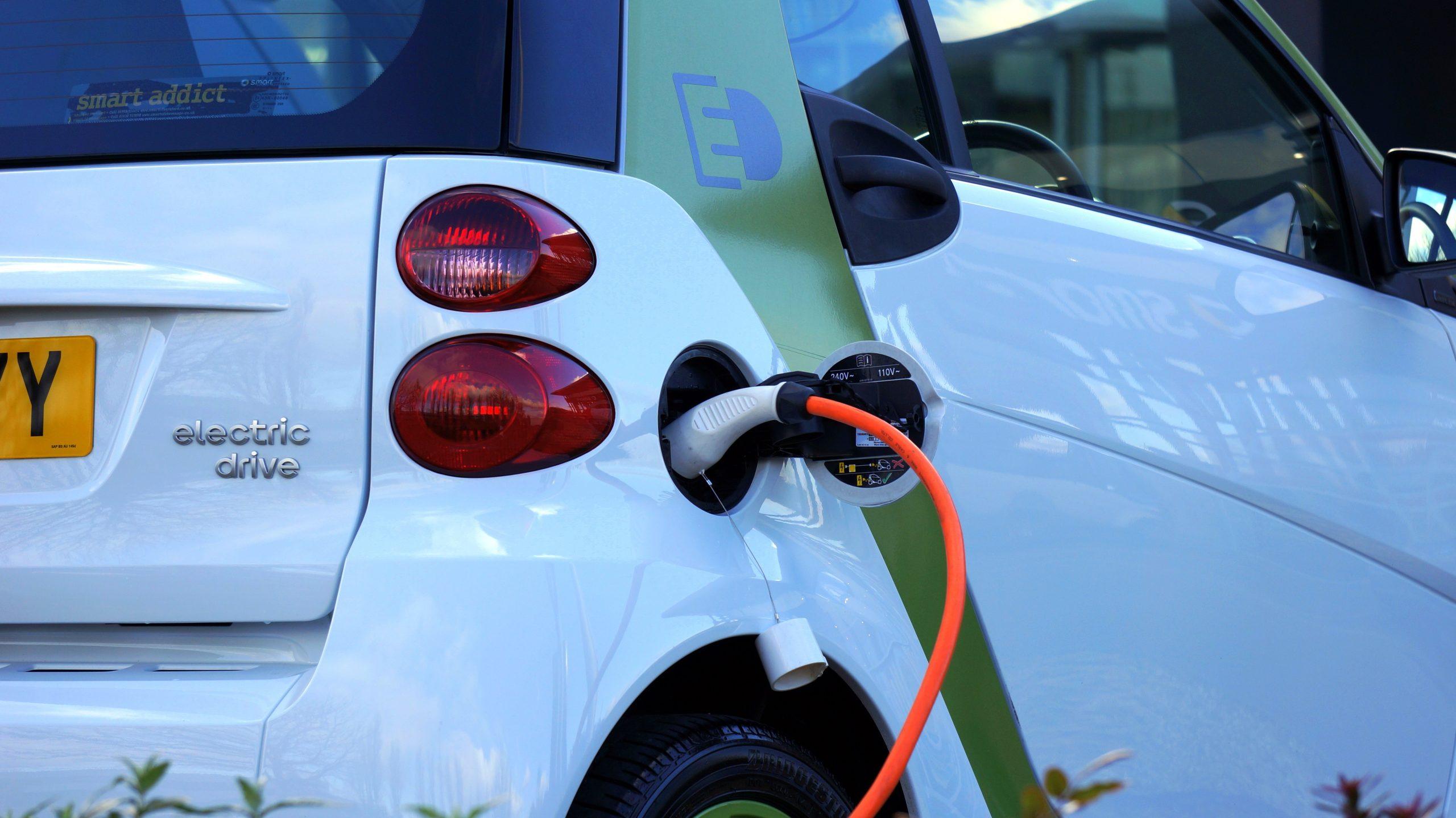 Visszatérhet az ingyenes villanyautó-töltés