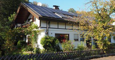 Megvan ki pályázhat ingyen napelemre, hőszivattyúra